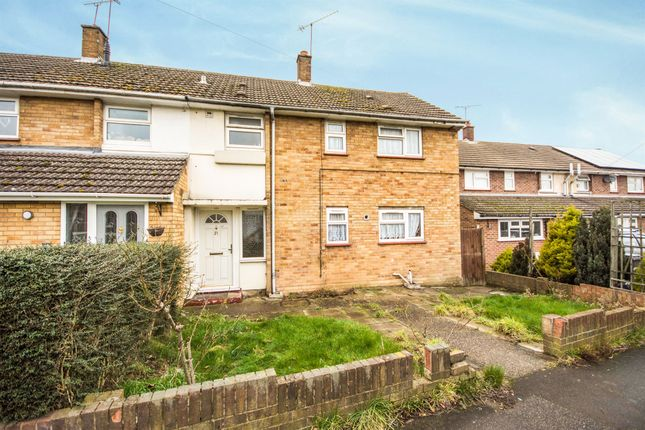 Thumbnail Semi-detached house for sale in Meadgate Avenue, Great Baddow, Chelmsford