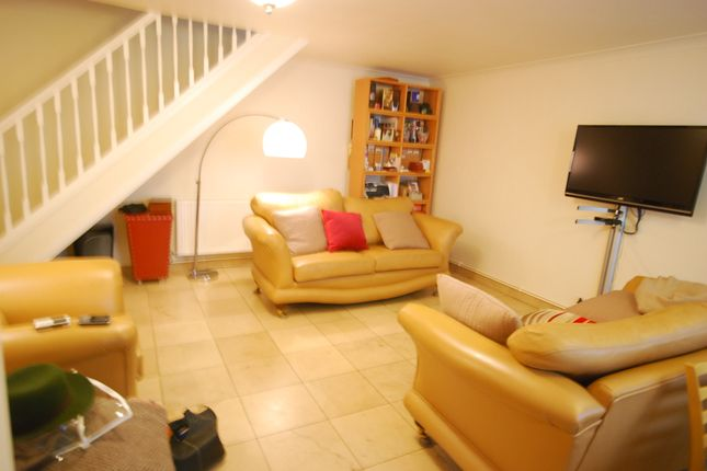 Thumbnail Terraced house to rent in Midway House, Manningford Close