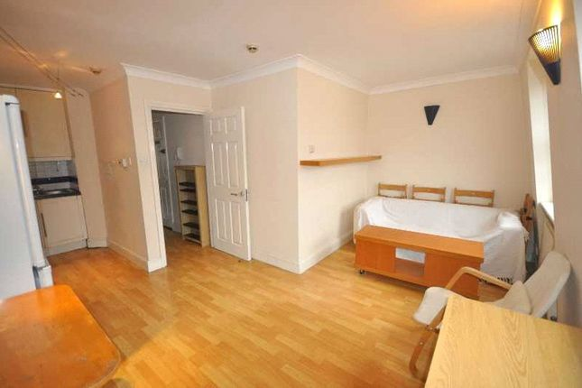 Thumbnail Property to rent in Drummond Street, London
