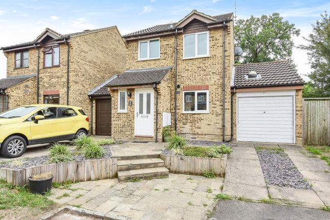 Thumbnail End terrace house to rent in Cross Gates Close, Martins Heron