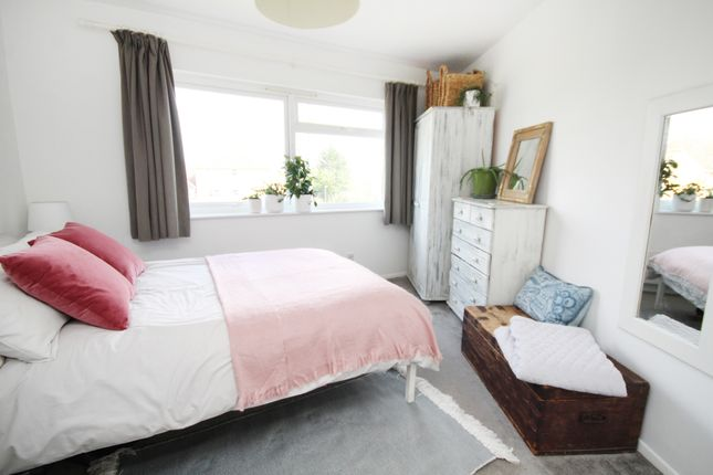 Thumbnail Flat for sale in Gresham Road, Staines