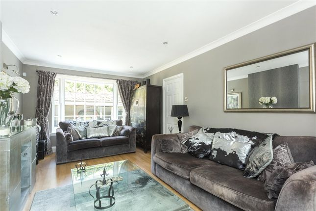 Thumbnail Mews house for sale in Kings Mews, High Road, Chigwell, Essex