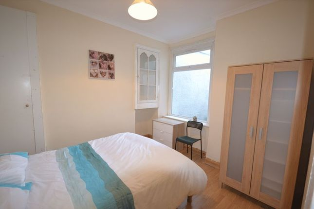 Thumbnail Property to rent in Cromwell Street, Mount Pleasant, Swansea