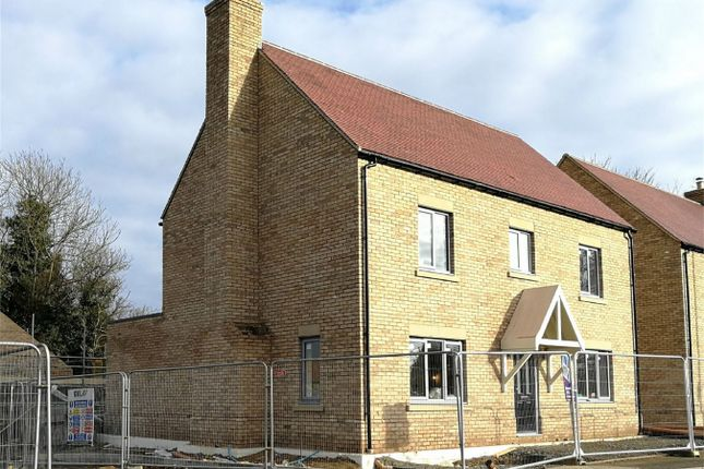 Thumbnail Detached house for sale in Lincoln Road, Glinton, Peterborough