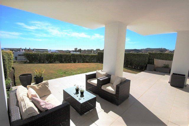 3 bed apartment for sale in Benahavis, Benahavis, Malaga, Spain