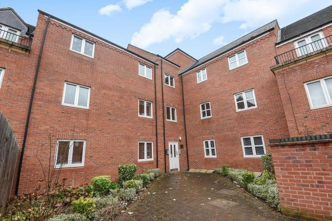 Thumbnail Flat for sale in Clarkes Court, Banbury