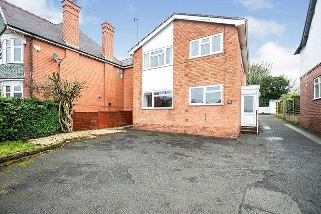 2 bed flat to rent in Stourbridge Road, Bromsgrove B61