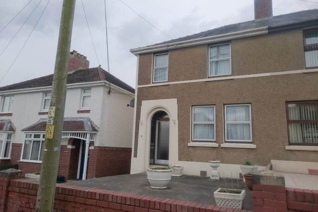 Thumbnail Property to rent in Lon Hir, Neuadd, Carmarthen