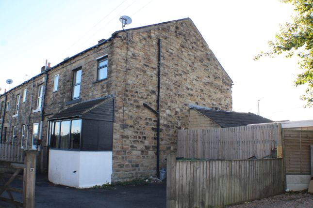 Thumbnail End terrace house to rent in Back Carlinghow Lane, Batley
