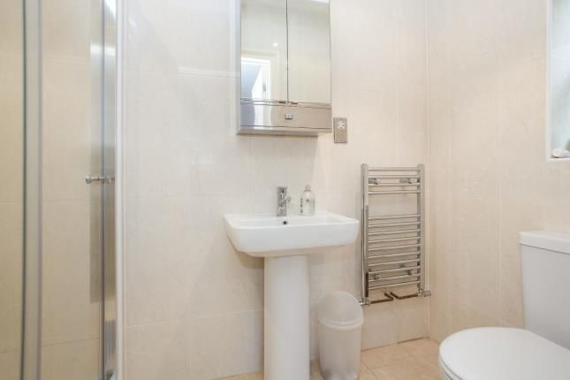 En-Suite of Tye Common Road, Billericay CM12