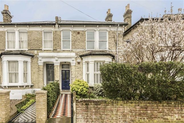 Thumbnail Flat for sale in Dornton Road, Balham