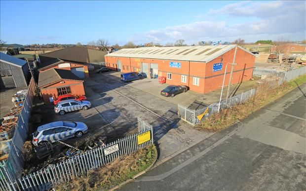Thumbnail Light industrial to let in 34D Clwyd Close, Hawarden Industrial Estate, Hawarden