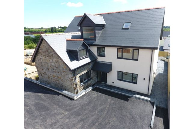 Thumbnail Detached house for sale in New Road, Brynmenyn