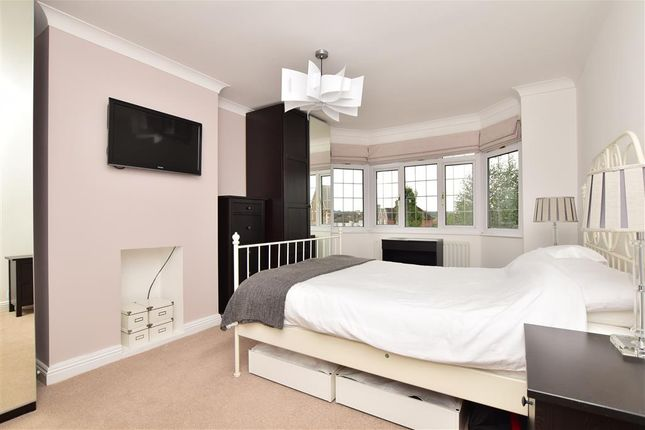 Bedroom 1 of Spot Lane, Bearsted, Maidstone, Kent ME15