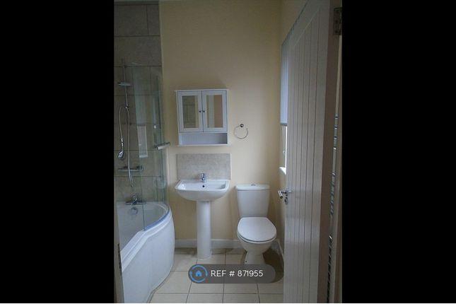 Studio Apartment Bathroom Area