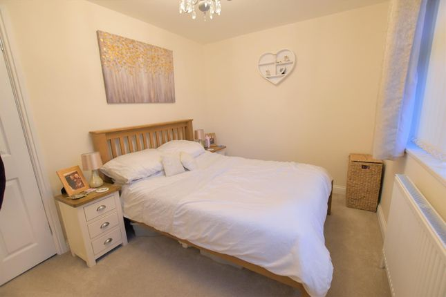 Master Bedroom of Meadow Lane, Ryhall, Stamford PE9