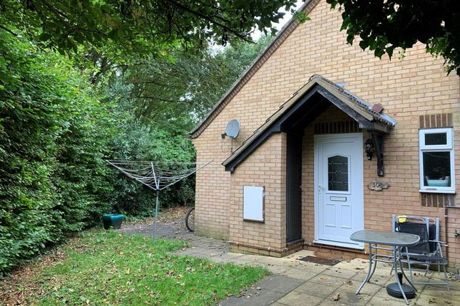 1 bed semi-detached house for sale in Thorney Leys, Witney OX28