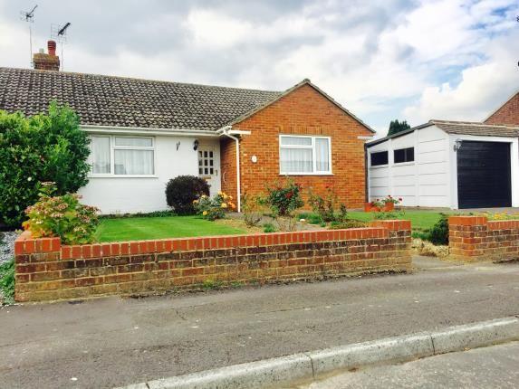Thumbnail Bungalow for sale in Meadowbrook Close, Kennington, Ashford, Kent