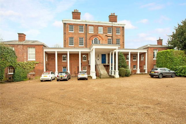 Thumbnail Flat for sale in Ray Lodge, Ray Park Avenue, Maidenhead, Berkshire