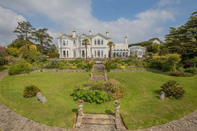 6 bedroom detached house for sale in Haldon Road, Torquay