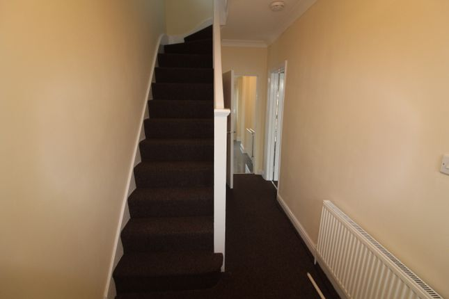 Thumbnail Semi-detached house to rent in Granville Road, Hayes