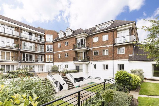 4 bed flat for sale in The Downs, London SW20