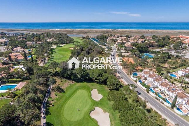 4 bed villa for sale in Quinta Do Lago, Almancil, Algarve