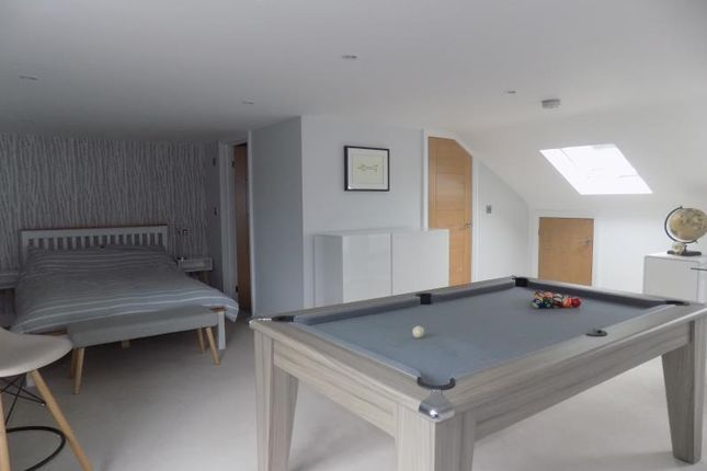 Thumbnail Detached house to rent in Albert Road, Farnborough, Hampshire