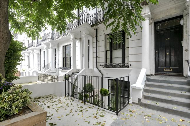 Thumbnail Property for sale in Hereford Road, London
