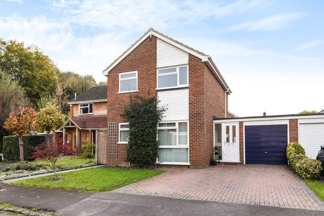 3 bed link-detached house for sale in Henley On Thames, Oxfordshire