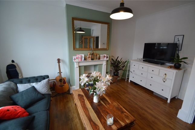 Thumbnail Maisonette to rent in Ingatestone Road, London