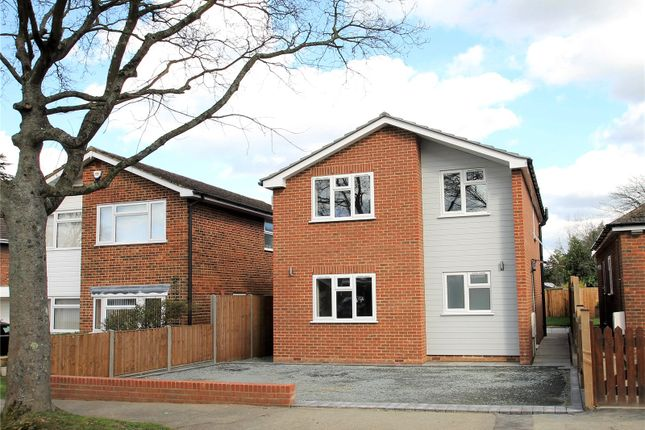 Thumbnail Detached house for sale in Village Green Avenue, Biggin Hill, Westerham