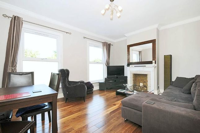 Thumbnail Flat to rent in Battersea Rise, London