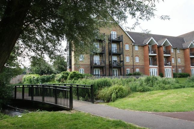 Thumbnail Flat to rent in Fryers Lane, High Wycombe