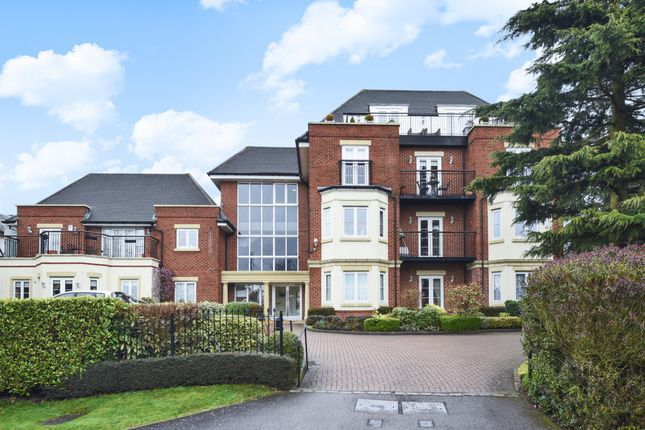 Thumbnail Flat for sale in Hive Road, Bushey Heath, Bushey
