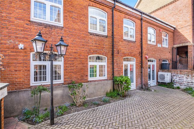 Thumbnail Office for sale in Staple Gardens, Winchester