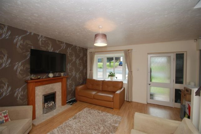 Living Room of Wheatfield, Stalybridge, Cheshire SK15