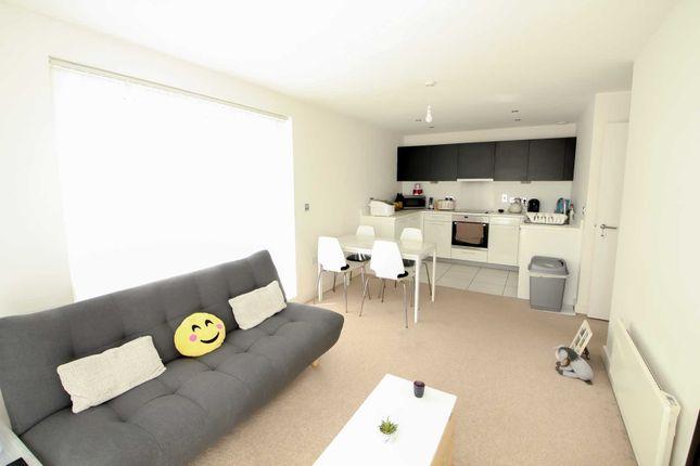 Thumbnail Flat to rent in Cotterells, Hemel Hempstead