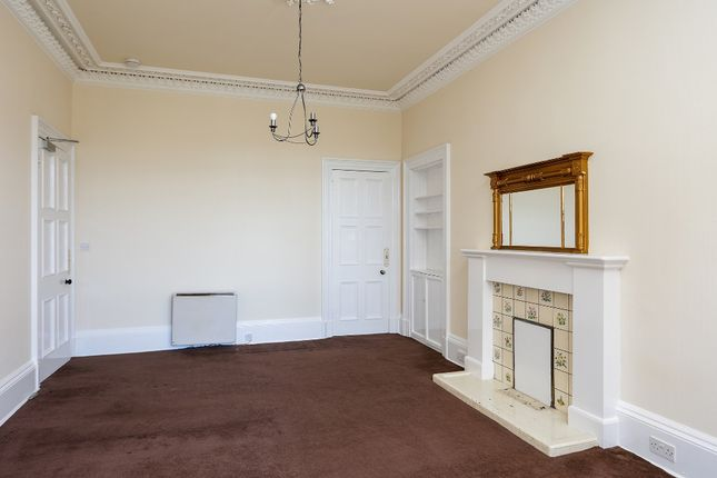 3 bed flat to rent in Morningside Road, Morningside, Edinburgh EH10