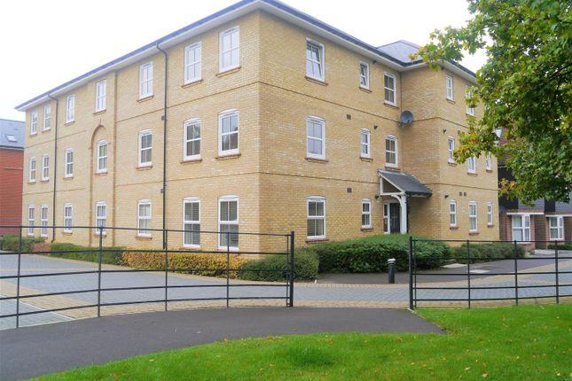 2 bed flat for sale in Woolston Place, Sherfield-On-Loddon, Hook