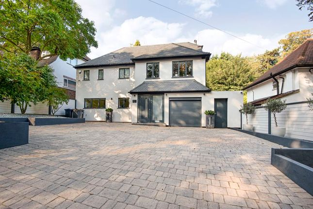 Thumbnail Detached house for sale in Park Road, Kenley