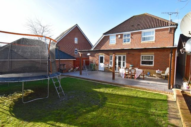 Thumbnail Detached house for sale in Little Grove Avenue, Cheshunt, Waltham Cross
