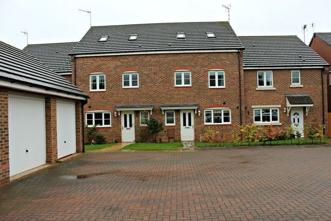 Thumbnail Town house to rent in Galanos, Long Itchington
