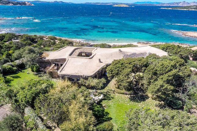Thumbnail Town house for sale in Via Cappuccini Liscia Renee, Porto Cervo