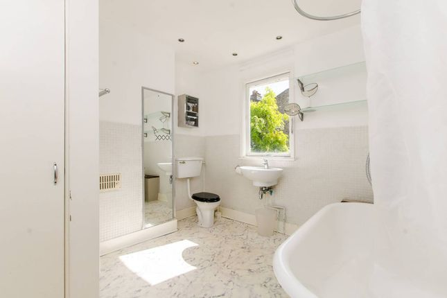 Thumbnail Property to rent in Wanless Road, Herne Hill