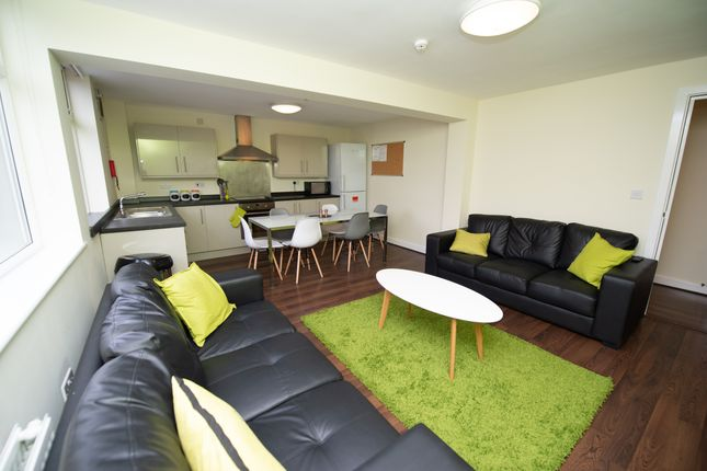 Thumbnail Shared accommodation to rent in Broomgrove Road, Collegiate, Sheffield