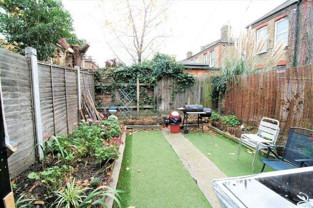 Thumbnail Maisonette for sale in Lea Bridge Road, London