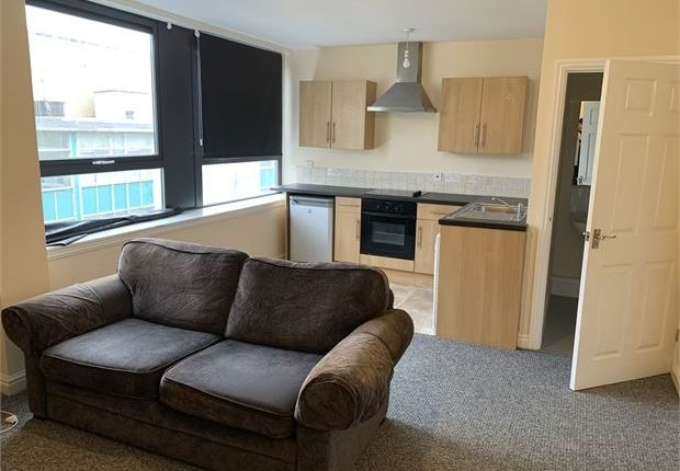 Thumbnail Flat to rent in St. Helens Court, St Helens Road, Swansea