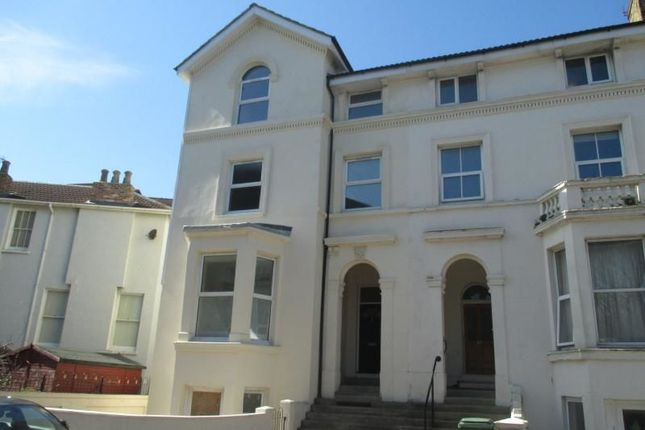 Thumbnail Flat to rent in Waverley Road, Southsea