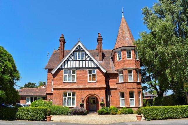 Thumbnail Semi-detached house for sale in Southampton Road, Lyndhurst